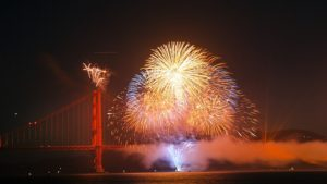 fireworks-825652_640