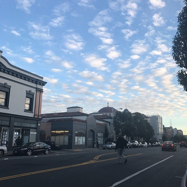 Valencia street @ sundown. This town is just easy on the eyes even at unexpected moments #living415